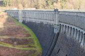 Dam reservoir, concrete dam, — Stock Photo