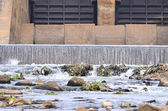Concrete weir to irrigate — Stock Photo