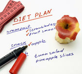 Diet plan with apple, marker and measuring tape — Stock Photo