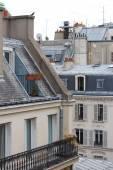Paris çatıları görüntülemek — Stok fotoğraf