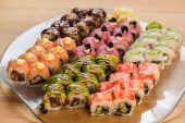 Set of Japanese sushi — Stock Photo