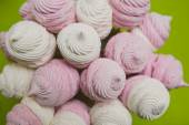 Homemade pink and white marshmallow — Stock Photo