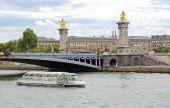 Paris pohled - most Alexandra Iii — Stock fotografie