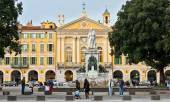 City of Nice - Place Garibaldi in Vieille Ville — Stock Photo