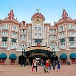 Disneyland - Main entrance to the park — Stock Photo #71665043