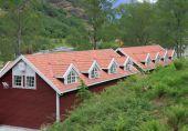 House with mansard floor. Flom, Norway — Stock Photo