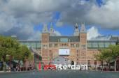 State museum (Reyksmyuzeum). Amsterdam, Netherlands — Stock Photo