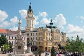 The central city square in Pecs and monuments on it. Hungary — Foto de Stock
