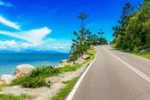 Curving road along sea in Magnetic Island, Australia — Стоковое фото