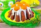 Easter cake with apricots — Stock Photo