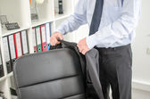 Businessman arriving at office — Photo