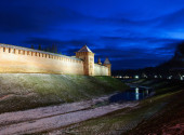 The Kremlin in Veliky Novgorod by night — Stock Photo