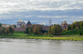View of the Novgorod Kremlin from the bridge — Stock Photo