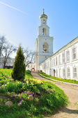 The bell tower of Yuriev Monastery in Veliky Novgorod, Russia — Stock Photo