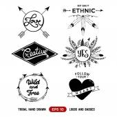 Hand drawn tribal design vector elements. Aztec logos and badges. Arrow wreath. Feather and arrows frame. — Stock Vector