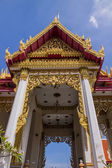 Thai style crematory on blue sky — Stock Photo