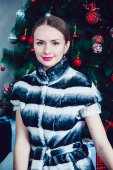 Beautiful Girl on the Background of New Year's decoration — Stock Photo