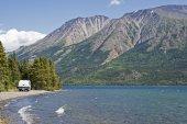Mountain lake in the Yukon — Stock Photo