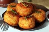 Fried Dhokla — Stock Photo
