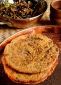 Missi Roti - flatbread made from wheat and gram flour — Stock Photo