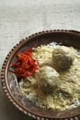 Gushtba meatballs curd is a combination of mutton balls in yogurt — Stock Photo