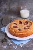 Tart with almond cream and figs — Stock Photo
