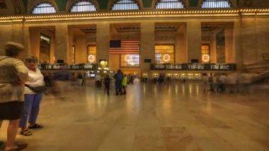 マンハッタンで忙しいグランド ・ セントラル駅 — ストックビデオ