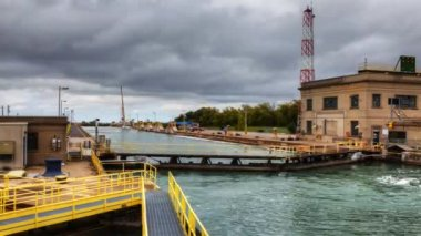 A fishing boat moves through the Welland Canal, Canada — Stock Video
