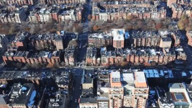 Aerial of a neighborhood in the city of Boston, Massachusetts — Stock Video