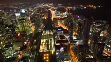 A timelapse aerial of traffic in Toronto, Canada at night — Stock Video