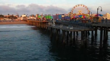 Timelapse view of the Santa Monica pier — Stock Video