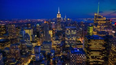 A beautiful timelapse from night to day in the heart of Manhattan — Stock Video