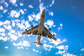 Airplane ready for landing — Stock Photo