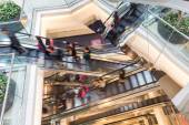 Motion Blurred People in Escalator of the Shopping Mall — Stock Photo