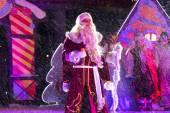 Grandfather Frost (Ded Moroz). New Year's performance in  Pyatig — Stock Photo