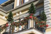 Christmas decorations on the balcony (Kislovodsk, Russia) — Stock Photo