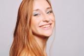 Portrait de jeune femme séduisante — Photo