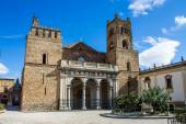 The Cathedral of Monreale, near Palermo, Italy — Stock Photo