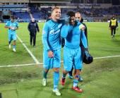 Hulk and Domenico Criscito at stadium — Stock Photo