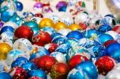 Renkli Noel topları — Stok fotoğraf