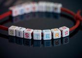 Bracelet Sisters — Stockfoto