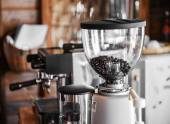 Coffee maker in coffee shop — Stock Photo