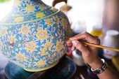 Close-up Painting earthenware — Stock Photo