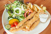 Fish and chips and salad — Stock Photo