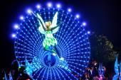 Little Angel in Tinker Bell cartoon parade in Disneyland, Hong Kong — Stock Photo