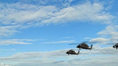 Black Hawk Helicopter fly over in Formation — Stock Video