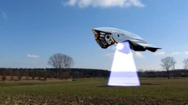 Alien spaceship scans the earth — Stock Video