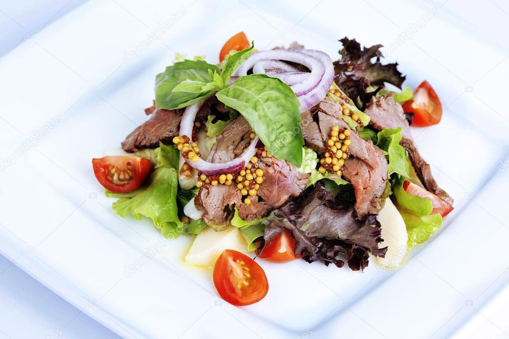 Салат с горчицей в зернах