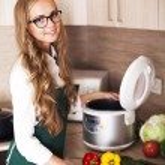 красивая девушка с slo плита — Стоковое фото #52357707