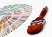 Close-up of a color palette and a brush ,isolated on white back — Stock Photo